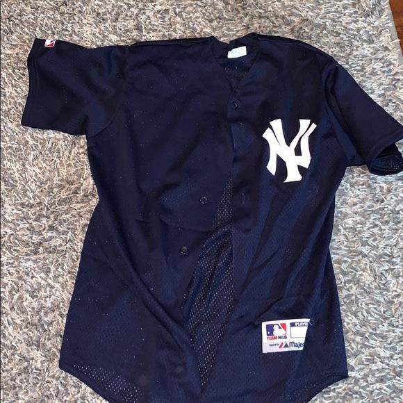 watch ef0c0 4ec4c Majestic Yankees jersey top